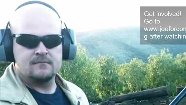 """""""Joe le Plombier"""" dans une vidéo diffusé sur You Tube, 20/6/12"""