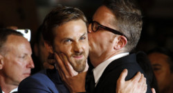 Ryan Gosling et le ralisateur Nicolas Winding Refn lors de la monte des marches du film &quot;Drive&quot;  Cannes en mai 2011