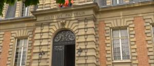 Le 20 heures du 3 mai 2013 : La gestion de l%u2019Institut Pasteur remise en cause - 532.246