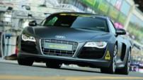 Audi-e-tron-Mans-2010-01