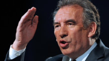 François Bayrou en meeting à Bordeaux
