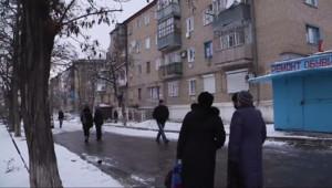 Le 20 heures du 11 février 2015 : Ukraine : les civils ont déserté ce village près de Donetsk - 1504.7073253173828