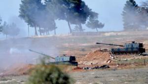 Chars de l'armée turque tirant sur des positions de l'autre côté de la frontière avec la Syrie, 16/2/16