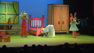 Le 20 heures du 22 décembre 2014 : Trotro et Tchoupi : les spectacles pour les plus jeunes font le plein - 1979.9517900390624