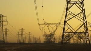 Des pylones électriques.