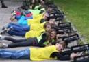 Enfants Famas fusil d'assaut Pierre Heckler Le Républicain Lorrain