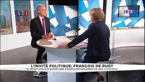 """Il avait proposé une consultation sur l'aéroport de Notre-Dame-des-Landes: De Rugy """"respecte le résultat"""""""