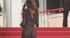 Stella Rocha sur les marches de Cannes.