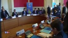 Euro 2016 : Valls, Platini et Juppé se réunissent à Bordeaux