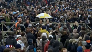 """François lance le """"jubilé de la miséricorde"""", sécurité renforcée autour de l'événement"""