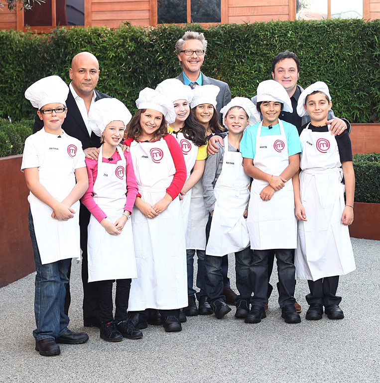 http://s.tf1.fr/mmdia/i/46/4/masterchef-junior-2012-10713464bbket.jpg?v=1