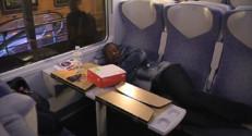 Le 13 heures du 30 septembre 2014 : Intemp�es : des passagers oblig�de dormir dans les trains - 549.4353599853515