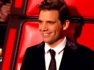 Mika pendant les battles de The Voice