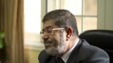 Egypte: le président Morsi maintient ses pouvoirs élargis
