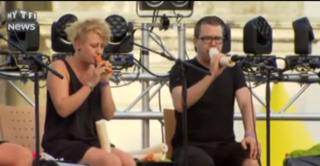 Ils jouent de la carotte, du poireau... leur concert est unique en son genre