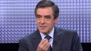 François Fillon sur le plateau de l'émission Des paroles et des actes (25 octobre 2012)