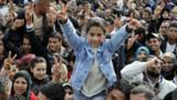 Sidi Bouzid : des milliers de Tunisiens commémorent le début de la révolution