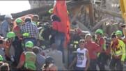Séisme en Italie : au petit matin, les premières images filmées par un journaliste local