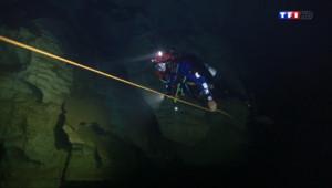 Le 13 heures du 23 août 2014 : A la d�uverte d'une rivi� sous-marine dans les Calanques - 891.4199999999998