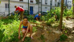 Membres de l'association du jardin du bois Dormoy dans le quartier de la goutte d'Or à paris