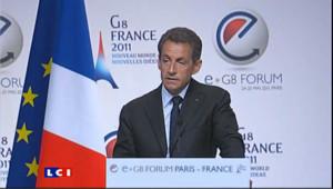Sarkozy aime Internet mais s'en méfie