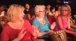 Le 20 heures du 20 août 2014 : Un concert pour jouer soi-m� du djemb�- 2037.9609998779297