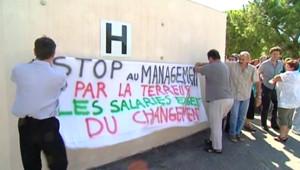 """Salariés de France Télécom manifestant contre le """"management par la terreur"""""""