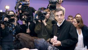 François Fillon face à la presse lors du vote pour la présidence de l'UMP (18 novembre 2012)