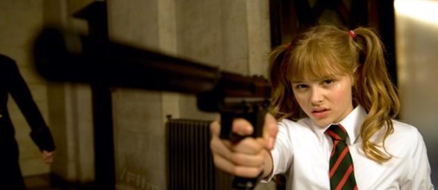 chloé moretz dans Kick-Ass film de 2010 avec Chloé Moretz, Marc Strong