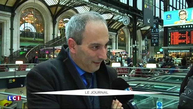 """Grève à la SNCF : """"La crainte, c'est de voyager debout"""", le témoignage d'une passagère"""