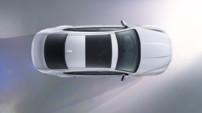 La future et seconde génération de Jaguar XF vue de haut. Lancement : automne 2015.