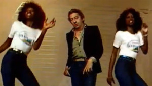"Serge Gainsbourg interprétant ""Sea Sex and Sun"" en 1978"