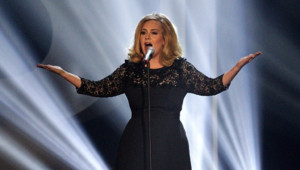 Adele lors des Brit Awards en 2012.