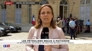 Manuel Valls recoit les pétroliers à Matignon