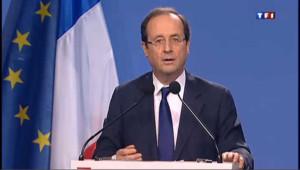 Hollande présente sa réforme de l'éducation à Orléans