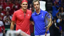 Roger Federer et Richard Gasquet avant leur match de la Coupe Davis le 23 novembre 2014