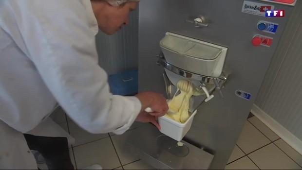 Au camembert, au miel ou au Calvados, les agriculteurs fondent pour la glace
