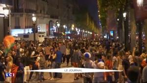 France-Allemagne : Les Français fêtent la victoire sur les Champs-Elysées