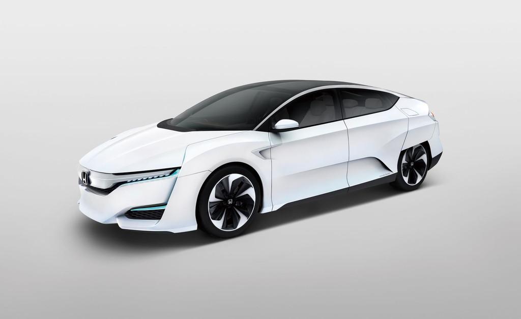 news automoto fcv concept 2014 honda l ve le voile sur sa voiture hydrog ne mytf1. Black Bedroom Furniture Sets. Home Design Ideas