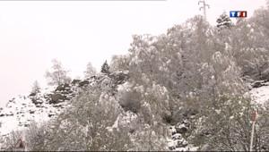 Le 13 heures du 16 mai 2013 : De la neige sur les Pyr�es - 74.79277461242677