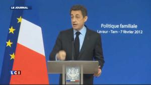 """Sarkozy défend le quotient familial, """"un atout pour nos familles"""""""