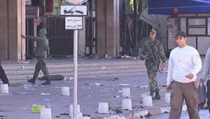 Scène de chaos à Tunis après une nuit de pillage le 15 janvier 2011