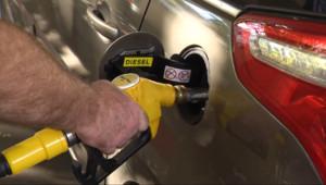 Le 20 heures du 1 octobre 2014 : Les automobilistes vont-ils bouder le diesel ? - 123.21