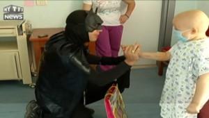 Batman et Spiderman à la rescousse des enfants malades