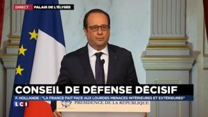 """Hollande : """"Nos forces extérieures doivent être placées au niveau élevé"""""""