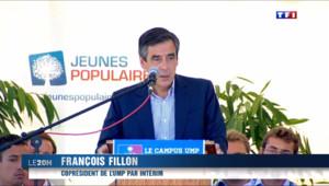 Le 20 heures du 7 septembre 2014 : Attaques de l'UMP, du FN, de son ex-compagne... Semaine difficile pour Fran�s Hollande - 416.363