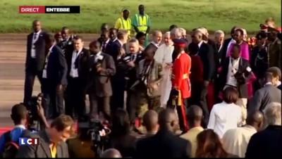 Le pape François est arrivé en Ouganda