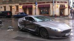 L'Aston Martin DB9 accidentée par un jeune footballeur russe sans permis.