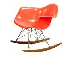 déco salon du vintage chaise à bascule de Eames