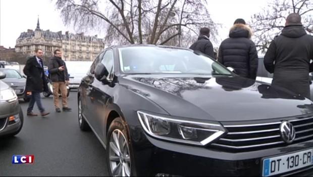 La mobilisation continue ce samedi pour les chauffeurs de VTC en grève